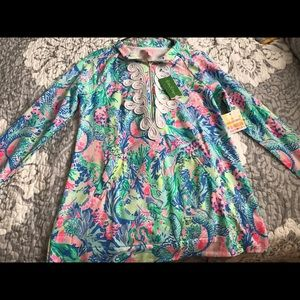 Lilly Pulitzer size small popover. NWT.